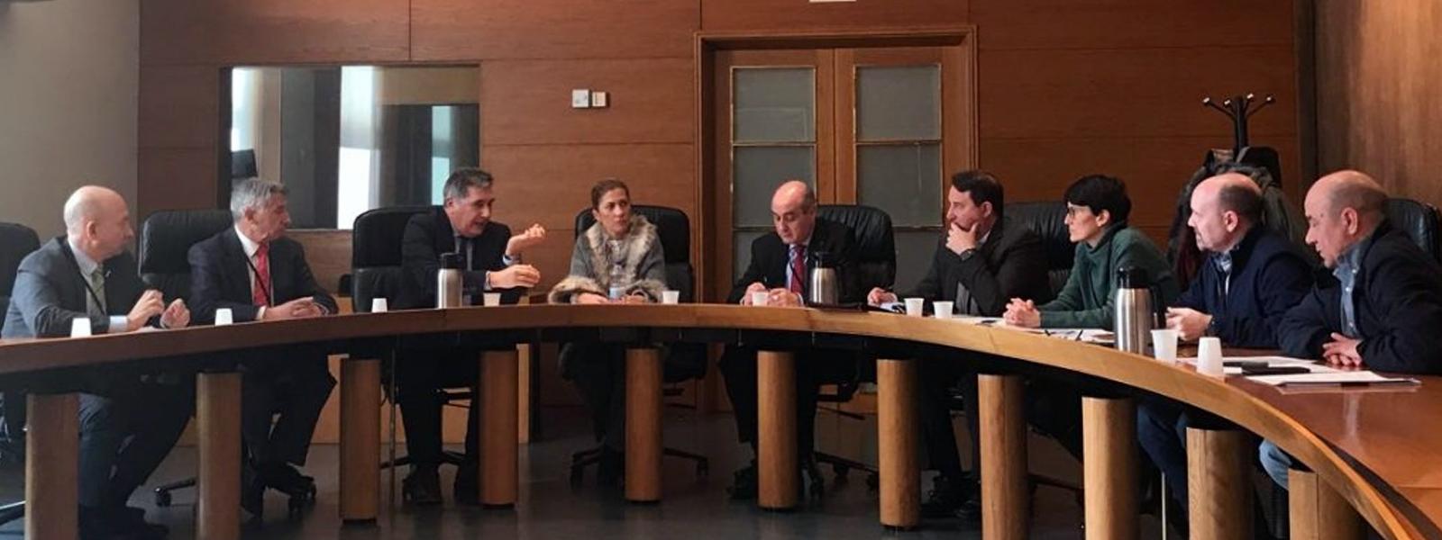 Reunión con los grupos parlamentarios de las Cortes de Aragón