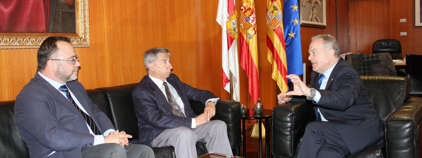 Reunión con el presidente de la DPH, Miguel Gracia