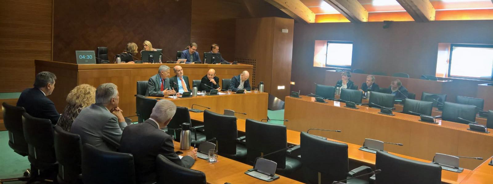 Comparecencia en las Cortes de Aragón en el marco del dialogo social